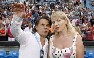 Le président de l'OM Vincent Labrune (à g.) et l'actionnaire principale, Margarita Louis Dreyfus, lors d'un match contre Sochaux, le 6 juillet 2011.