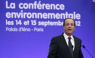 François Hollande lors de l'ouverture de la conférence environnementale, à Paris, le 14 septembre 2012.
