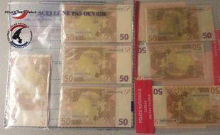 Saisie d'une quarantaine de faux billets de 50 euros après l'arrestation d'un individu qui les commandaient sur Internet.
