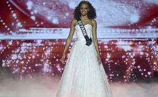 Une photo où Miss France apparaît la peau