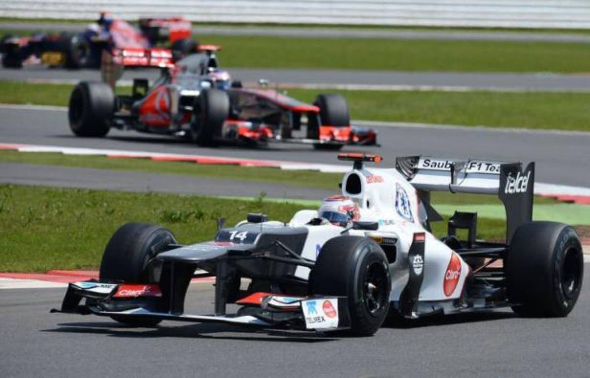 Le Japonais Kobayashi (Sauber) et le Vénézuélien Pastor Maldonado (Williams) ont tous deux été sanctionnés dimanche après le Grand Prix de Grande-Bretagne de Formule 1. – Andrew Yates afp.com