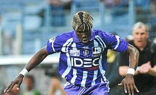 Le Guinéen espère signer en L1.