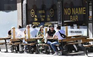 Un restaurant au centre de Stockholm en mai 2020.