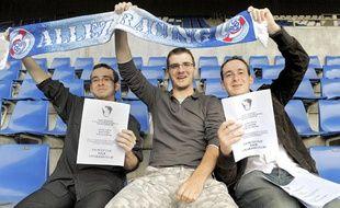Yvan, Jonathan et Valentin à l'initiative du projet de rachat du Racing par ses supporters.