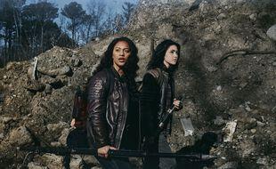 Aliyah Royale et Alexa Mansour sont les héroïnes de « The Walking Dead: World Beyond ».
