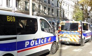 Lyon, le 6 npovembre 2017. Illustration de policiers et véhicules de police.