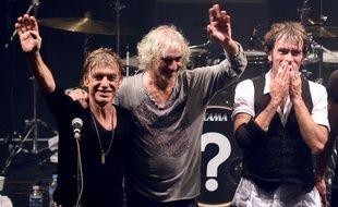 Les Insus (Jean-Louis Aubert, Louis Bertignac et Richard Kolinka), lors de leur concert à Lille, le 15 septembre 2015.