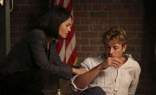 Simon Baker et Robin Tunney dans un épisode de la saison 5 de «Mentalist»