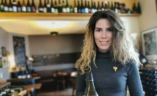 Lucie Jaulin dans le restaurant Les Chants d'avril à Nantes.