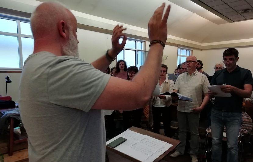 VIDEO. Lyon: «A voix et à vapeur», le chœur LGBT donne de la voix