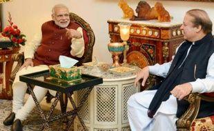 Le Premier ministre indien Narendra Modi et le Premier ministre pakistanais Nawaz Sharif le 25 décembre 2015 à Lahore