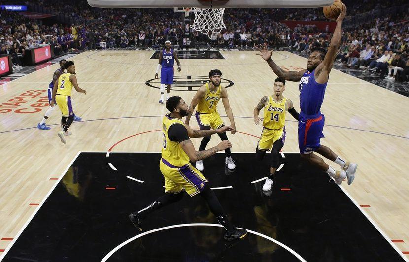 NBA: Kawhi Leonard offre la première bataille de LA aux Clippers