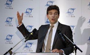 A la veille de la présentation en Conseil des ministres du plan d'aide à la filière automobile, Arnaud Montebourg a été mardi la cible des attaques de responsables de l'UMP pour qui les méthodes du ministre du Redressement productif sont inefficaces.
