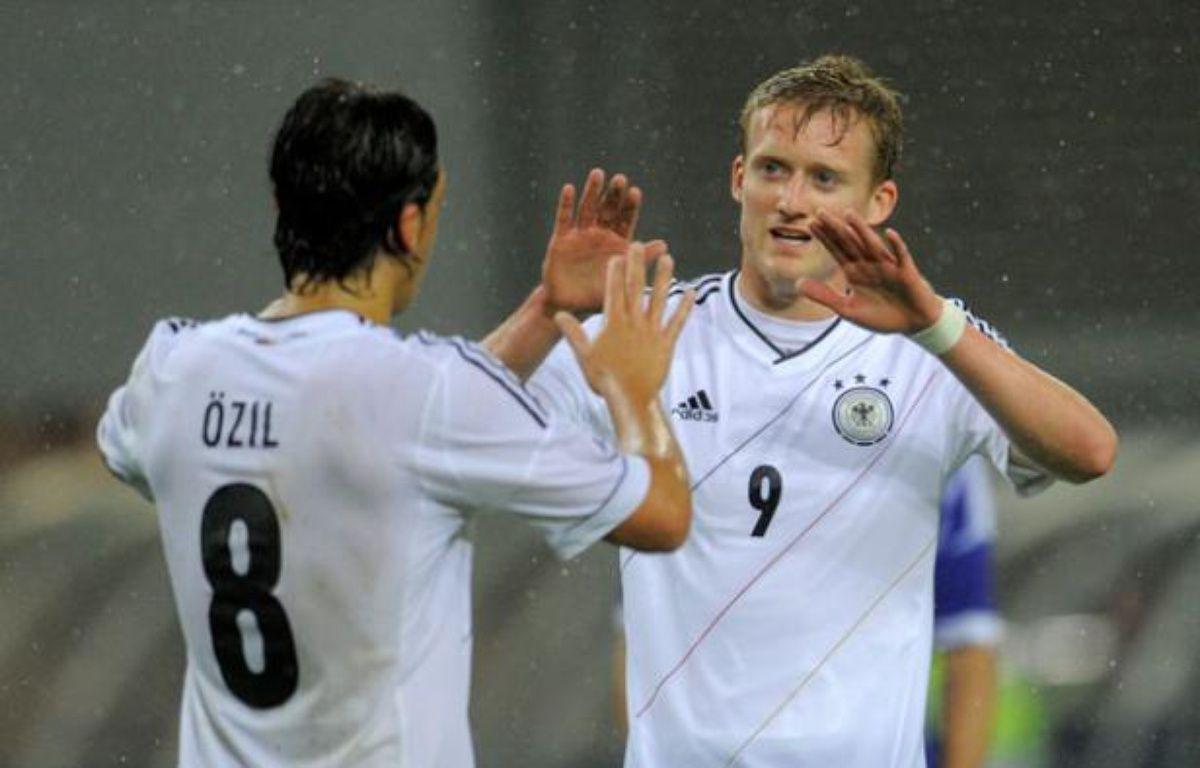 Andre Schuerrle et de la Mannschaft lors du match de préparation à l'Euro contre l'Israel à Leipzig en Mai 2012. – ROBERT MICHAEL / AFP