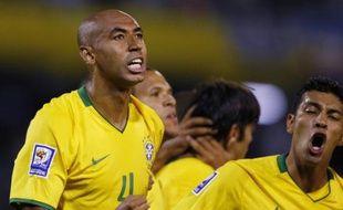 Le défenseur brésilien Luisao, lors d'un match contre l'Argentine, le 5 septembre 2008 à Rosario.