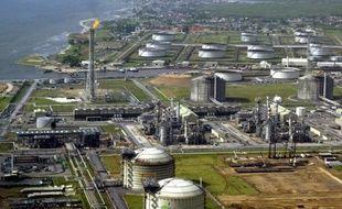 Les investissements pétroliers et gaziers vont franchir cette année la barre symbolique des 1.000 milliards de dollars (800 milliards d'euros), poussés par un regain d'activité dans l'exploration-production, d'après une étude du cabinet GlobalData.