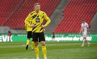 Erling Braut Haaland, d'origine norvégienne, est un attaquant du club de football allemand Borussia Dortmund (illustration)