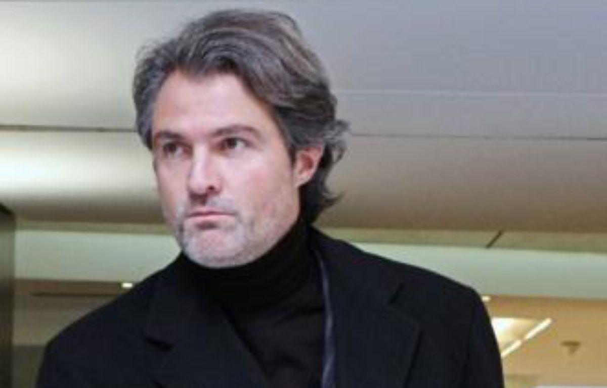Le neurochirurgien Stéphane Delajoux, quittat la clinique du Parc Monceau à Paris, où Johnny Hallyday a été opéré au mois de novembre.   – SIPA