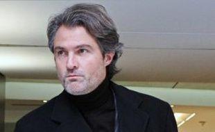 Le neurochirurgien Stéphane Delajoux, quittat la clinique du Parc Monceau à Paris, où Johnny Hallyday a été opéré au mois de novembre.