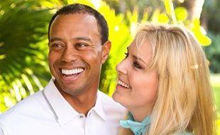 Le golfeur Tiger Woods et la skieuse Lindsey Vonn posent pour officialiser leur relation amoureuse, le 18 mars 2013.
