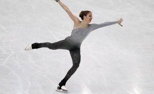 L'Italienne Carolina Kostner a été sacrée championne du monde pour la première fois de sa carrière chez les dames avec un total de 189,94 points lors des Mondiaux de patinage artistique, samedi à Nice.