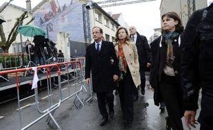 A 21h00 mercredi, François Hollande et Nicolas Sarkozy, les deux hommes qui veulent présider aux destinées de la France ces cinq prochaines années, se retrouvent face à face pour l'unique débat de l'entre-deux-tours, entre arguments de fond et possibles passes d'armes