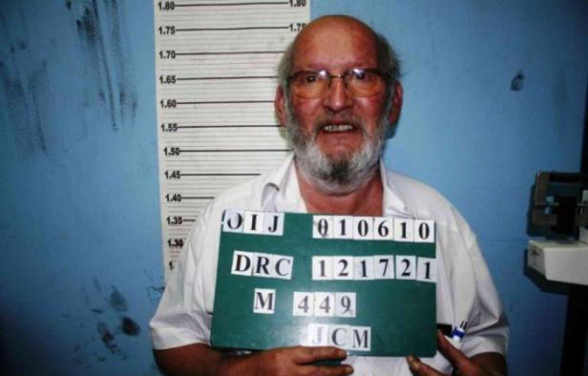 L'avis de recherche d'Interpol pour Jean-Claude Mas, l'ancien président du conseil de surveillance de la société française Poly Implant Prothèse, déposé par le Costa Rica. – INTERPOL