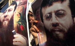 Le prisonnier palestinien Khader Adnane a mis fin à 66 jours d'une grève de la faim observée pour protester contre sa détention sans inculpation en Israël, a annoncé mardi le ministre palestinien des Prisonniers, précisant qu'il sera libéré en avril.