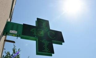 A Bourgoin-Jallieu (Isère), le thermomètre a dépassé les 40 °C vendredi.