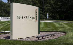 Le round up pro 360 est un herbicide à base de glyphosate commercialisé par Monsanto. Illustration.