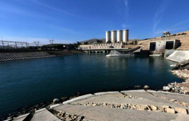 Une vue du barrage de Mossoul sur le Tigre en Irak, le 1er février 2016