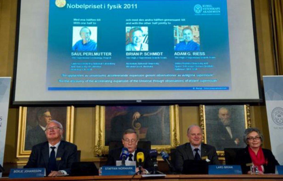 L'académie royale des sciences de Suède a annoncé mardi 4 octobre 2011 à Stockholm le nom des lauréats du prix Nobel de physique: Saul Permutter, Brian Schmidt et Adam Riess. – REUTERS/ Leif. R. Jansson/ Scanpix
