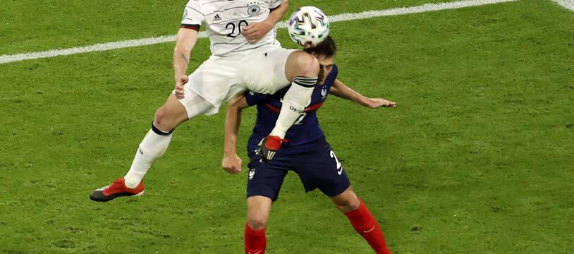 Pavard a admis avoir été KO pendant 10 à 15 secondes après le violent coup reçu au visage contre l'Allemagne.