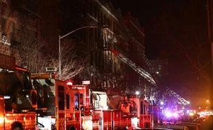 Un incendie dans un immeuble de New York a fait au moins 12 victimes, le 28 décembre 2017.