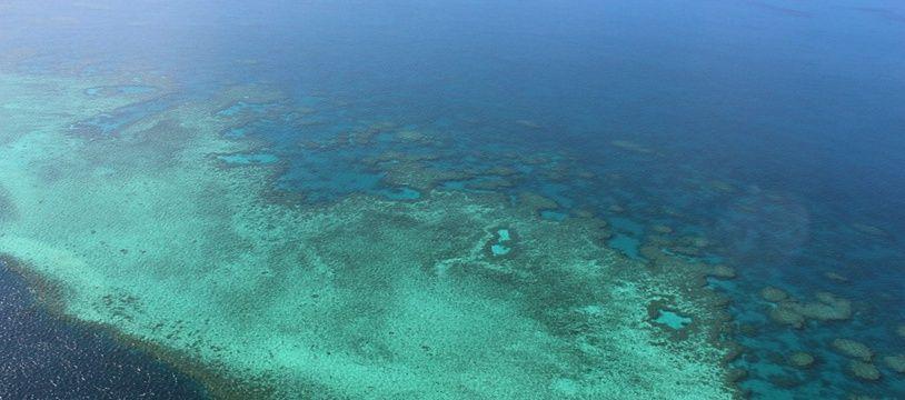 Vue aérienne de la Grande Barrière de corail en 2014.