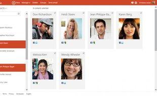 Outlook.com offre une interaction enrichie avec les Contacts de l'utilisateur.