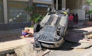 Le boulevard de la République à Cannes ce dimanche 4 octobre, après les orages meurtriers.