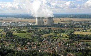 La centrale nucléaire EDF du Bugey à Saint-Vulbas (Ain), mise en service en 1979, est l'une des plus vieille de France.