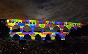 Le Pont du Gard, illuminé par le Groupe F