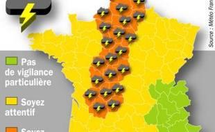 Carte des départements concernés par la vigilance orange lancée par Météo France pour des orages violents, le 25 mai 2009.