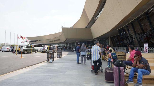 L'incendie d'un avion au décollage à Manille fait huit morts