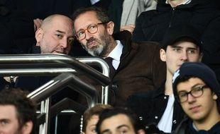 Gérard Lopez (à gauche) et Marc Ingla (à droite) dans les tribunes du Parc des Princes.