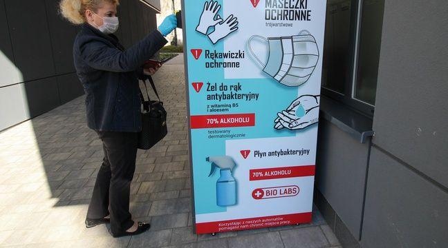 Oui, des distributeurs de masques sont bien disponibles en Pologne