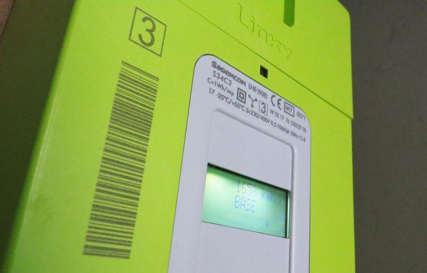 Compteur Linky: Pourquoi la notion d'électrosensibilité reste-t-elle aussi controversée?