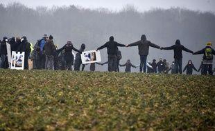 Des opposants au projet Cigéo tentent de revenir dans le bois Lejuc, épicentre de la contestation, le 3 mars 2018.
