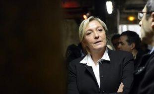Marine Le Pen, la présidente du Front National, a exhorté vendredi à Nouméa les opposants à l'indépendance de la Nouvelle-Calédonie à se regrouper, en vue du référendum d'autodétermination entre 2014 et 2018.