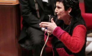 """La ministre de la Famille, Dominique Bertinotti, a estimé mercredi que """"le temps de la PMA (procréation médicalement assistée) n'était pas venu"""", mais qu'il """"faudra aborder cette question"""" dans l'avenir."""