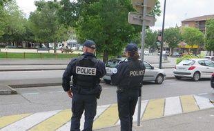 CRS et policiers sont déployés aux Pradettes depuis le lundi 18 mai. Ils vont y rester entre trois et cinq semaines.