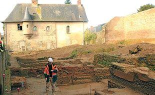 Gaëtan Le Cloirec, responsable des fouilles dans l'ancien couvent des Jacobins.