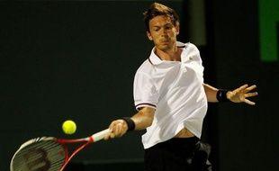 Le Français Nicolas Mahut a mis fin à la carrière de Fernando Gonzalez en dominant le Chilien de 31 ans, triple médaillé olympique, mercredi au 1er tour du Masters 1000 de Miami.